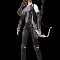 Katniss d'Hunger Games 2 en poupée