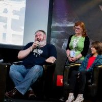 2 acteurs de game of thrones à Paris Manga: Hodor et Asha Greyjoy