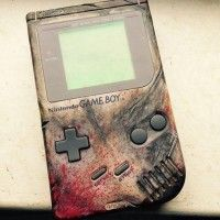 #GameBoy façon walking dead!