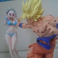 Que fait Son Goku sur #SuperSonico ? #DragonBallZ #Figurine #Goodies