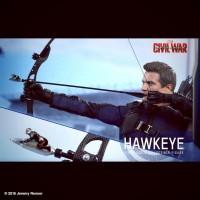 Vous avez-vu #Antman ? #Figurine #Hawkeye Jeremy Renner #CaptainAmerica:CivilWar