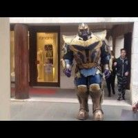 #Cosplay gigantesque de Thanos