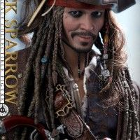 #PiratesDesCaraïbes:LaVengeanceDeSalazar #JackSparrow en #Figurine chez hot toys #Goodie