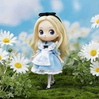 Q posket Doll Disney Character Alice In Wonderland