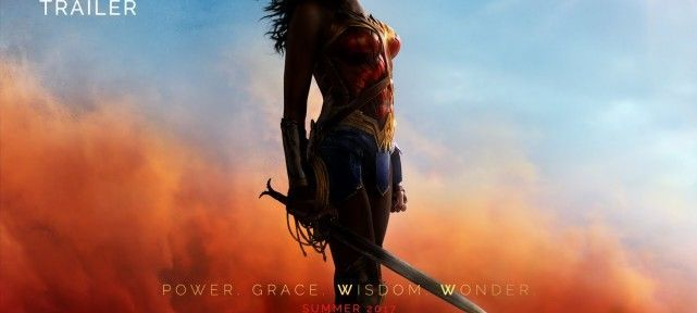 WONDER WOMAN se la joue first justice league